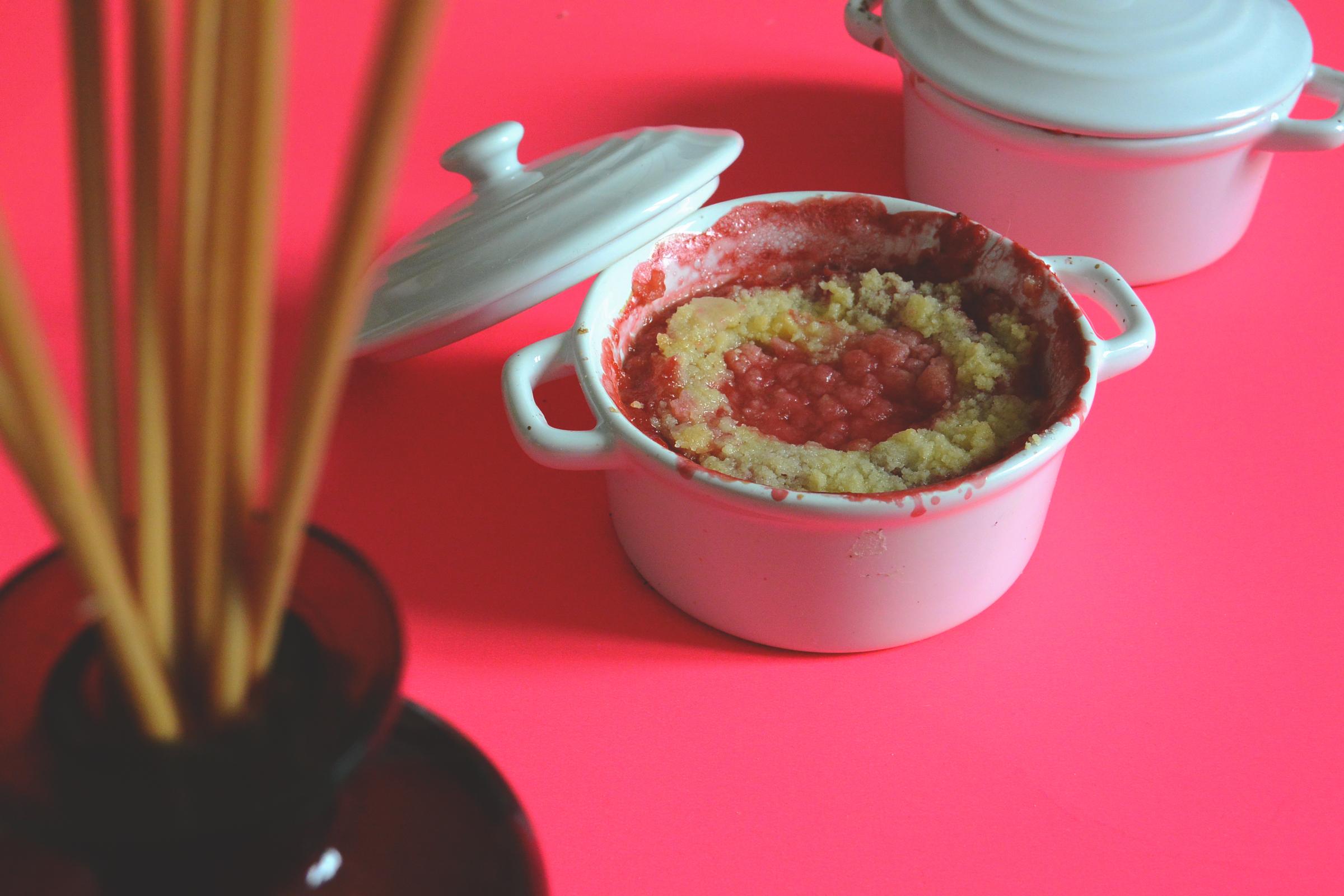 La vie en rose: Crumble fraise rhubarbe