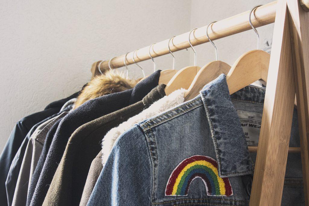 Détail porte-manteau