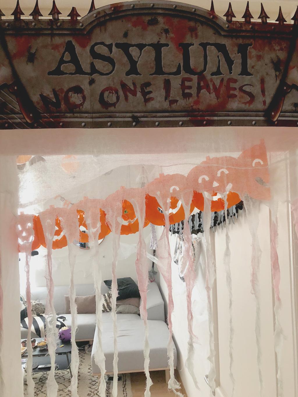 Entrée – Asylum