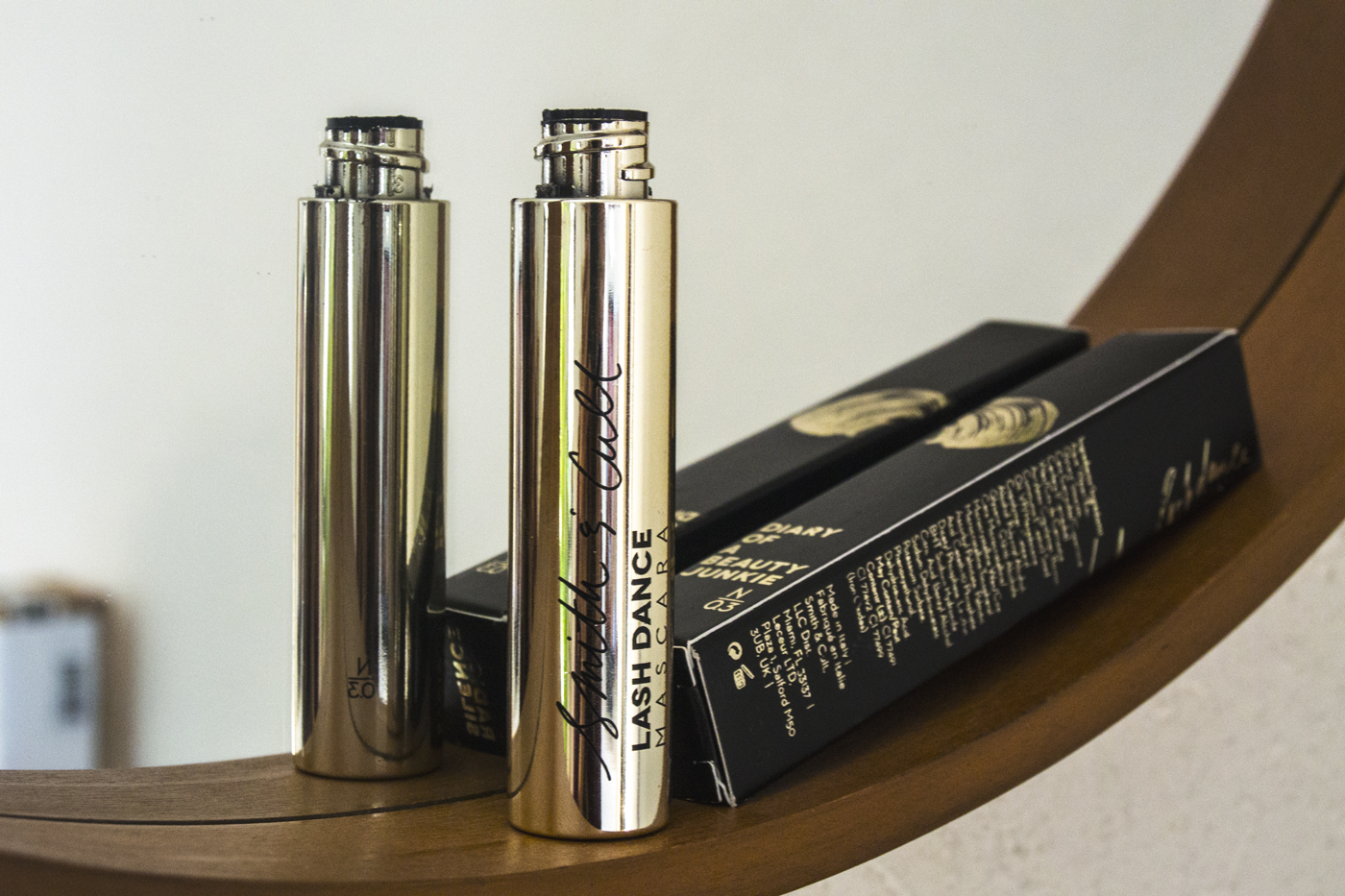 Volume et longueur avec le mascara « Lash Dance » de Smith & Cult