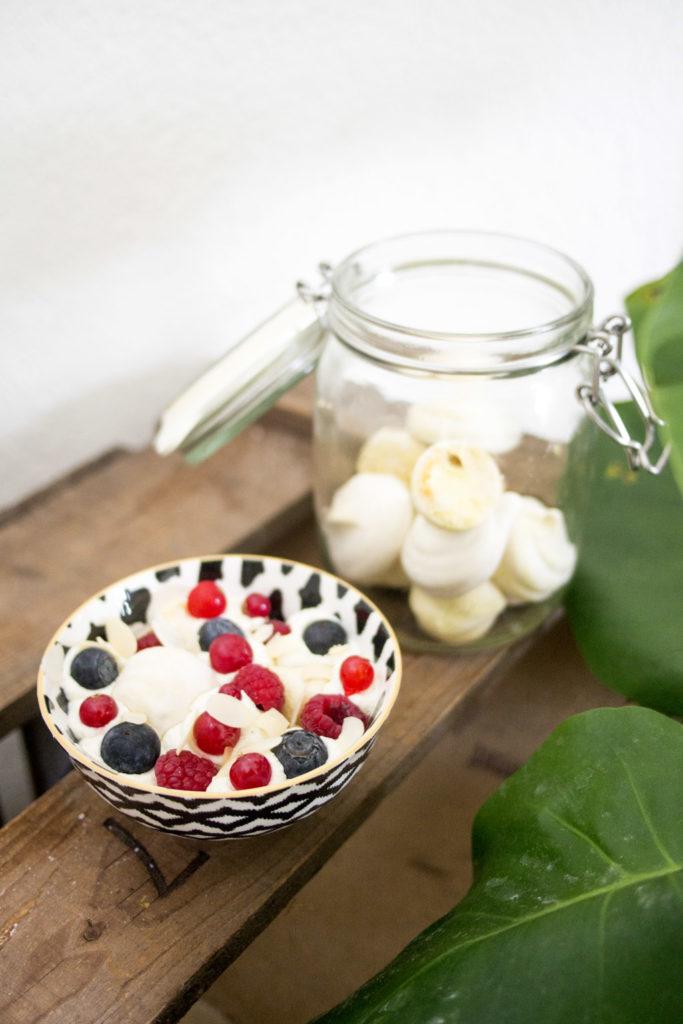 Pavlova Bowl et meringue à la pistache