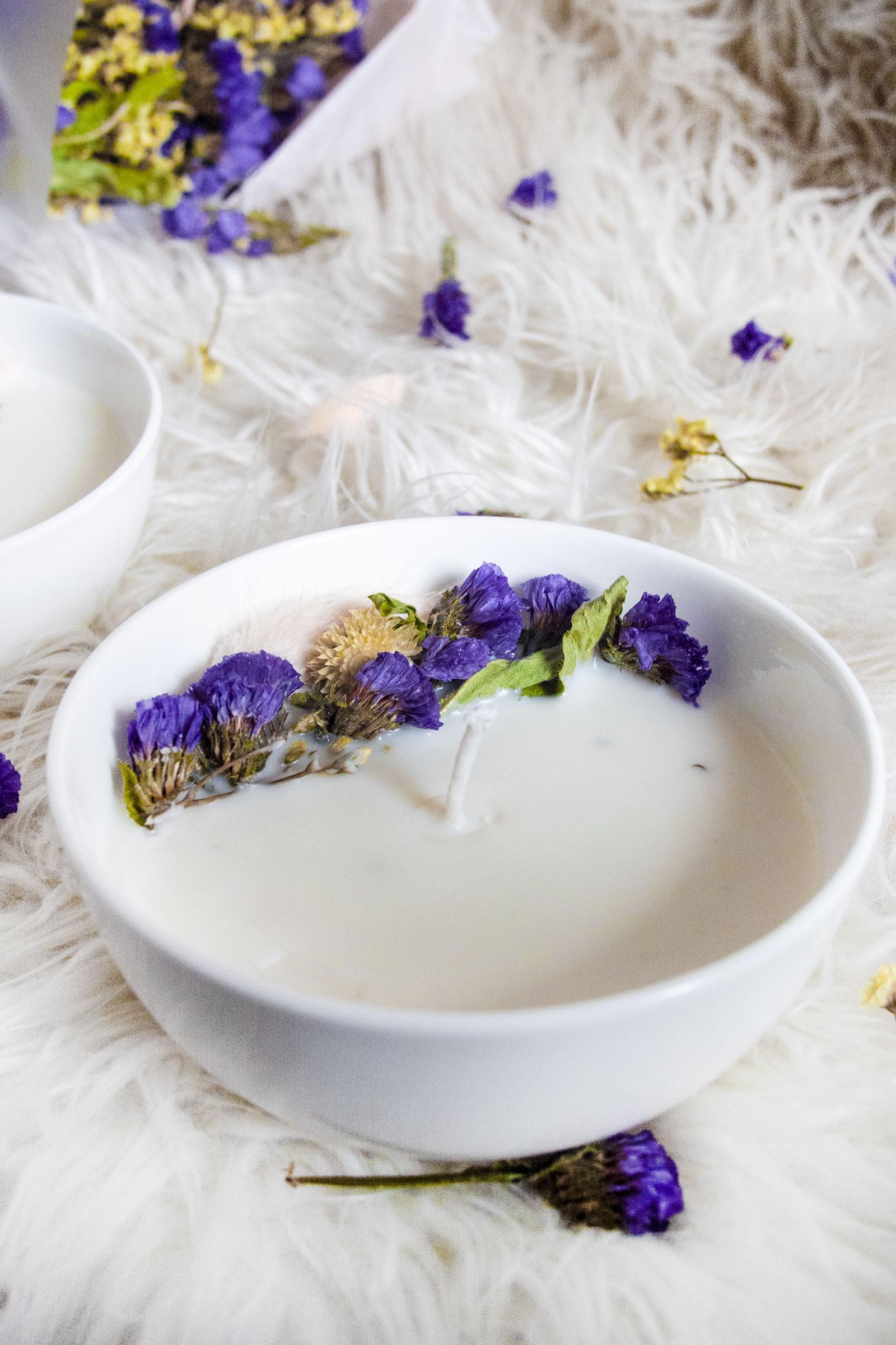 DIY: Bougie florale à la cire de soja